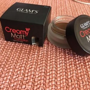 Glam's 16hr Creamy Matt Foundation - Brabeton