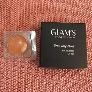 Glam's Foundation Two Way Cake Brabeton